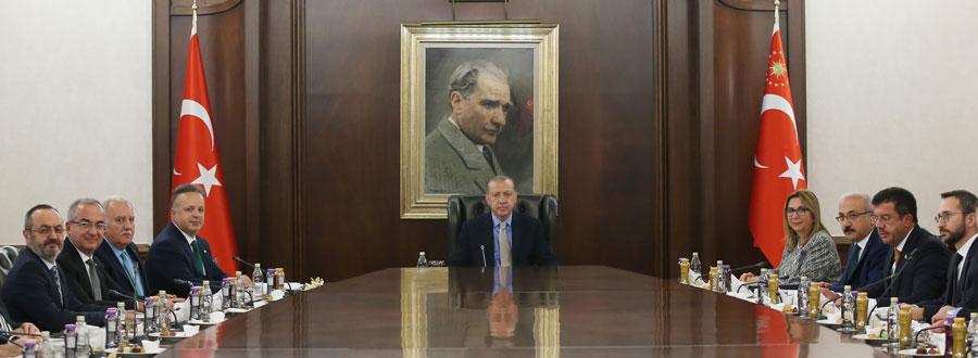 Cumhurbaşkanı Erdoğan, Tim Başkanı İsmail Gülle ve Heyetini Kabul Etti