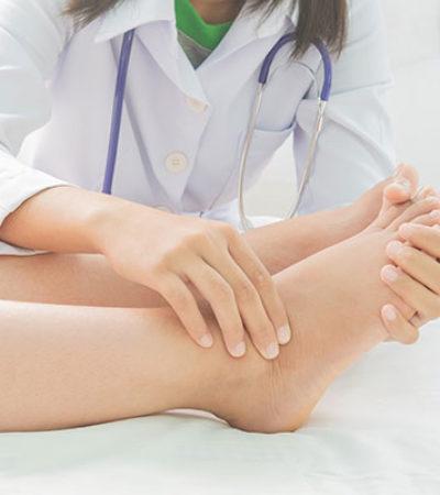 Bacaklardaki Şişlik Hastalık Belirtisi Olabilir