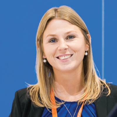 Kaneka MS Polymer™'in Satış ve Pazarlama Temsilcisi Viki Wouters ile Söyleşi