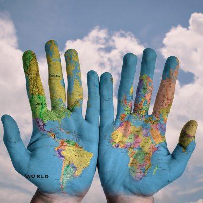 Abdi İbrahim'den Salgın için Küresel Mücadeleye Destek