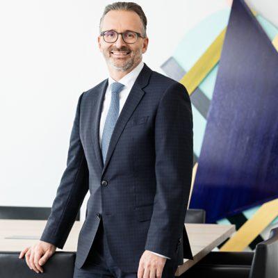 Henkel'in CEO'su Carsten Knobel olacak