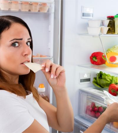 Evde Kal Sürecinde Yaşanan Stres Yemek Alışkanlıklarımızı Değiştiriyor