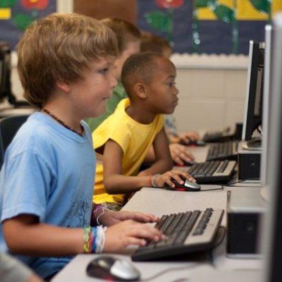 Online Eğitimde Çocukların Göz Sağlığına Dikkat!