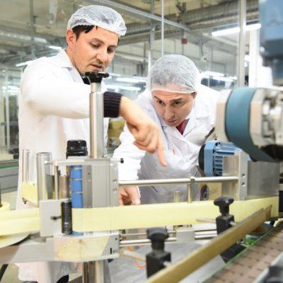 Kozmetik Sektörü Covid-19 Ekonomik Krizini Hijyen Malzemeleri Üreterek Aştı