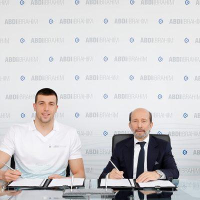 Abdi İbrahim, Milli Yüzücü Emre Sakcı'nın Ana Sponsoru Oldu