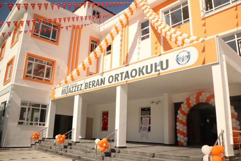 Berko İlaç, Diyarbakır'da Muazzez Beran Ortaokulu'nu Açtı